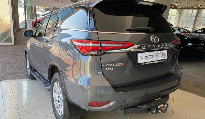 2021 Toyota Fortuner 2.8GD-6 VX 4×2 Auto full