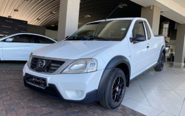 2011 Nissan NP200 1.6 Safety Pack