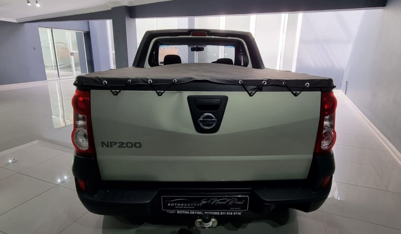 2017 Nissan NP200 1.6 A/C full